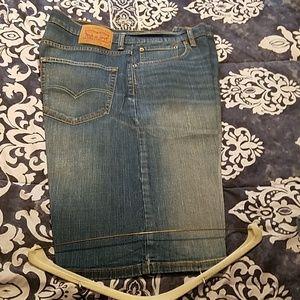 Men's Levi's 569 light blue Jean shorts
